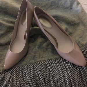 Nickels nude heels, NWOT